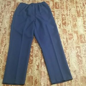 New Alfred Dunner size 12 Navy elastic waist pants